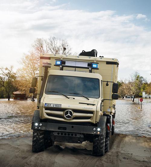 Überzeugt im Katastrophenschutz: der hochgeländegängige Unimog